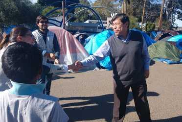 """Comisionado del INAMI, Dr. Tonatiuh Guillén López en albergue """"El Barretal"""""""