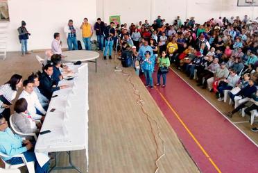 En el marco del programa de Reconstrucción, el equipo de la CONAVI encabezando activamente los trabajos en el municipio de Jojutla, Morelos.