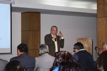 Especialista expone a trabajadores conceptos sobre Economía Social