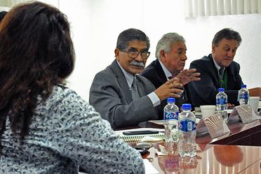 Durante la reunión toma la palabra el encargado de Despacho del Registro Agrario Nacional (RAN), Emilio Plutarco García Jiménez.