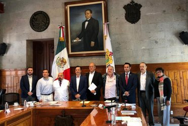 Reunión de la CNPSS y el Coordinador Regional de los Estados del Sur de México para el Sistema Nacional de Salud.