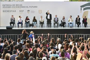 Presidente Andrés Manuel López Obrador en Tlatelolco