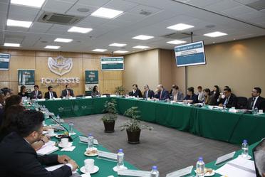 La sesión fue dirigida por el Secretario Técnico de la Comisión Ejecutiva, Jorge Flores Ocaña