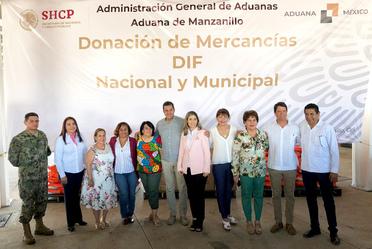 SNDIF recibe en el puerto de Manzanillo, Colima, la asignación de bienes.
