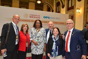 """La CNPSS estuvo presente en el lanzamiento del Informe de la Comisión de Alto Nivel """"Salud Universal en el Siglo XXI: 40 años de Alma-Ata""""."""
