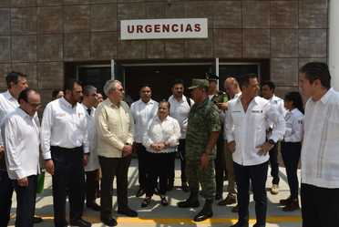 Inauguración de la rehabilitación y ampliación del Centro de Salud Urbano 01 en Oaxaca, Oaxaca