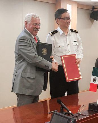 Firman México y China protocolo fitosanitario para la exportación de plátano mexicano al país asiático