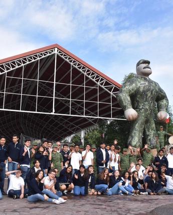 """Exposición militar """"La Gran Fuerza de México"""" en el parque """"Bicentenario """", Querétaro, Qro."""