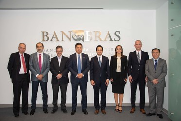El Director General de Banobras, Jorge Mendoza Sánchez, se reunió con el Gobernador de Tamaulipas, Francisco García Cabeza de Vaca, para conversar sobre proyectos de infraestructura en el estado.