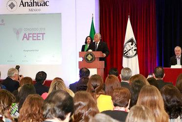 El Secretario de Turismo Miguel Torruco Marqués, inauguración de la cuarta edición del Congreso Internacional de la Asociación Femenil de Ejecutivas de Empresas Turísticas (AFEET).