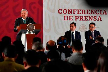 """Conferencia de prensa sobre el """"Acuerdo de la Junta de Gobierno de la Comisión Nacional del Sistema de Ahorro para el Retiro, por el que dicta políticas y criterios en materia de comisiones"""""""