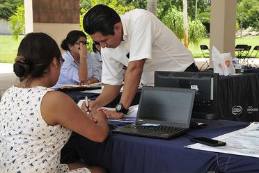 Mesa de registro a 2da. Reunión de Regionales 2019 de la Asociación Dental Mexicana (ADM)  en Mérida.