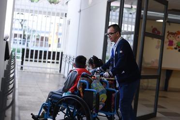Servicios y atención a personas con discapacidad.