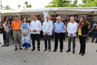 Ceremonia en la explanada de la UNACH para inaugurar el encuentro científico