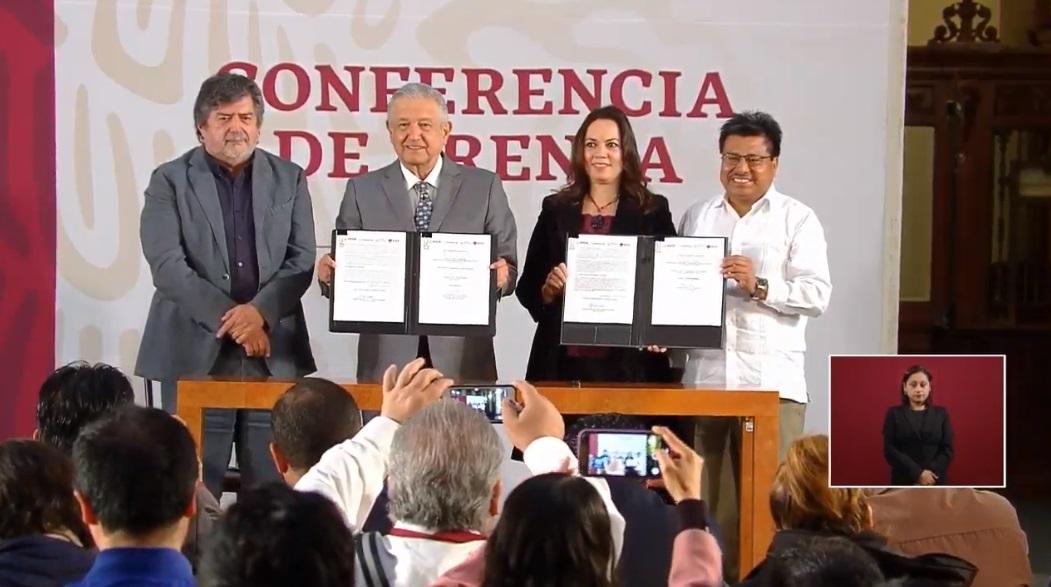 AMLO anuncia la consulta para el Tren Maya