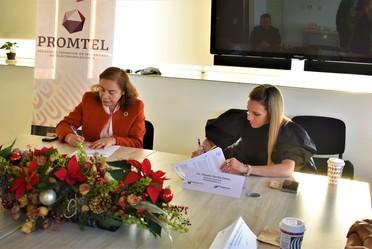 directora general de promtel y directora general de prodesarrollo firman un convenio