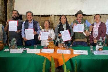 SEMARNAT, CONANP, la Cooperativa Agropecuaria Regional Tosepan Titataniske y la Fundación Tosepan, firman convenio de colaboración ambiental.
