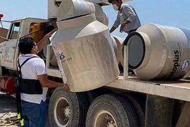 Conagua refuerza acciones para garantizar el abasto de agua potable en hospitales COVID, comunidades rurales y espacios públicos.
