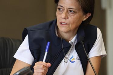 Fotografía de la directora general de la Conagua durante la conferencia de prensa en CENAPRED.