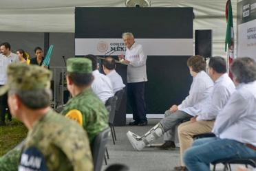 El presidente de México, Andrés Manuel López Obrador, durante el banderazo de Inicio de Obra del Tren Maya, Tramo 1 Palenque-Escárcega, desde Palenque, Chiapas.