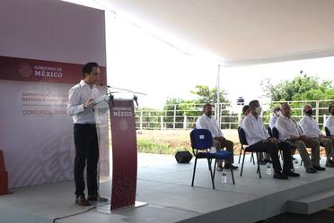 El Director General de Banobras, Jorge Mendoza Sánchez, acompañó al Presidente de México, Andrés Manuel López Obrador, en el evento de Supervisión de la Autopista Barranca Larga-Ventanilla