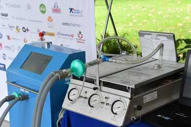 El sector público y privado presentan ventilador mecánico invasivo desarrollado por mexicanos para hacer frente al COVID-19