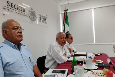El comisionado del INM, Francisco Garduño Yáñez , recorrió la Estación Migratoria de Mérida y visitó la Oficina de Representación de Yucatán.