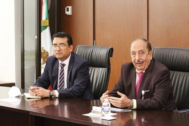 Ing. Carlos Melendez Román (izquierda), Ing. Alfonso Morcos Flores (derecha)
