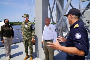 Visita Comisionado del INM la API Puerto Madero en Chiapas