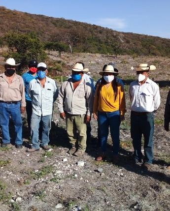 Reunión con pescadores de Tepexco  para analizar la problemática  y tomar acuerdos  para incentivar la actividad