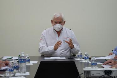 Secretario de Agricultura y Desarrollo Rural, Dr. Víctor Villalobos Arámbula