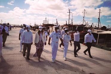 La Coordinadora General de Puertos y Marina Mercante Entrega Obras en el Puerto de Yucalpetén