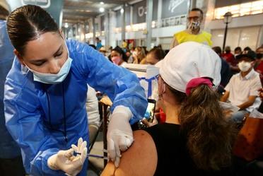 Inicio de la vacunación contra COVID19 a personal docente en Jalisco