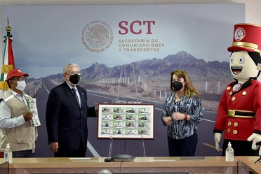 La Lotería Nacional reconoce la trayectoria y modernización que ha realizado la SCT desde su fundación en 1891