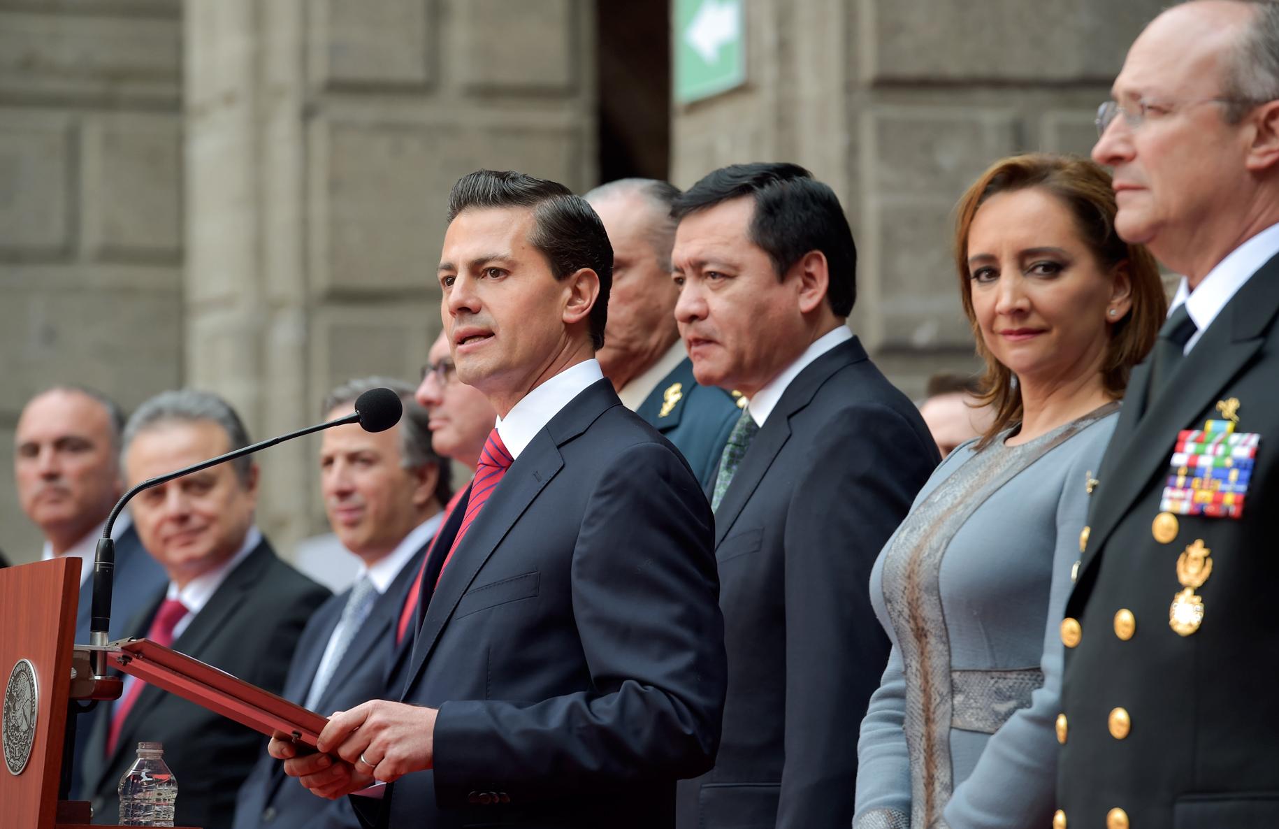 Reuni n con servidores p blicos presidencia de la for Gobierno exterior