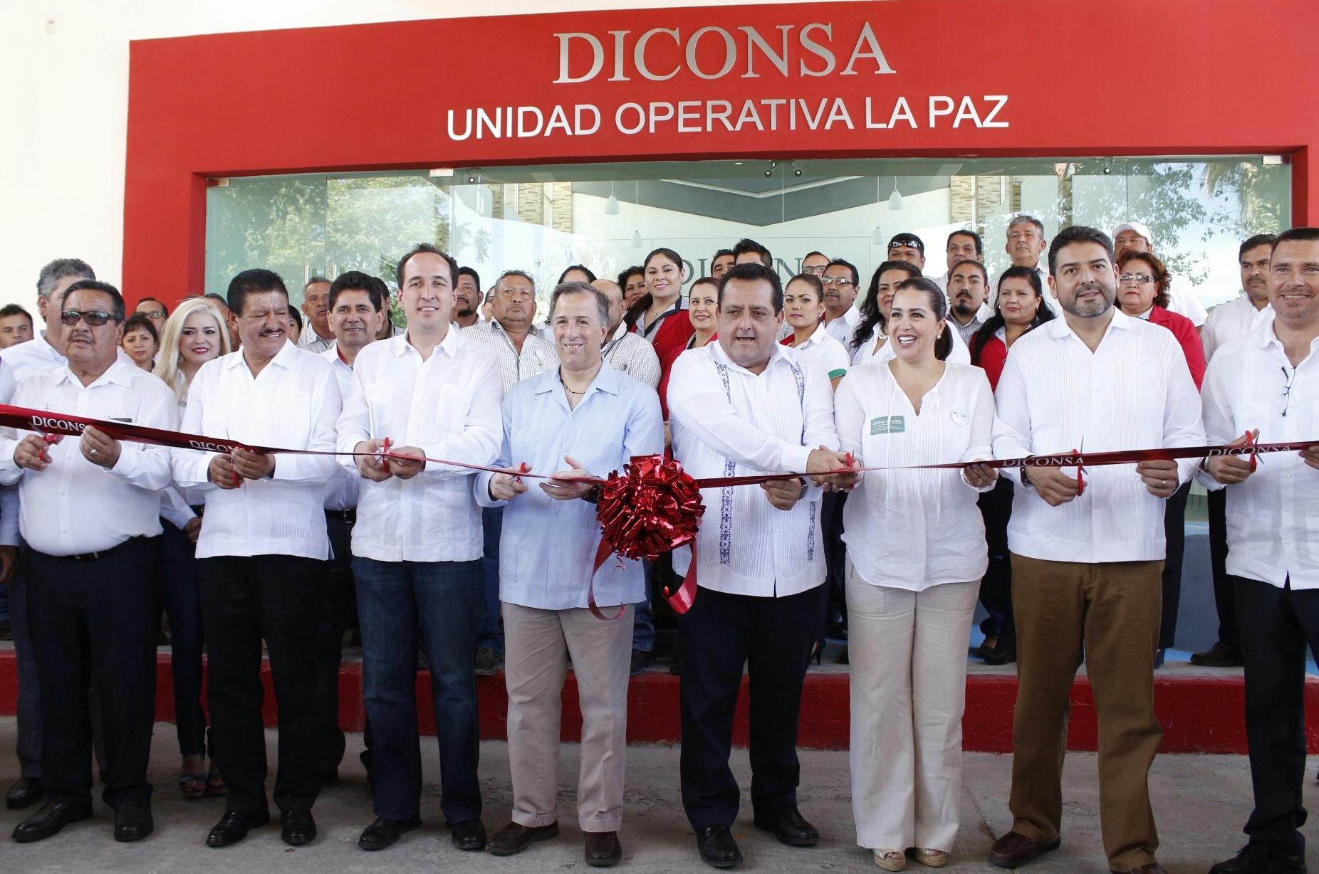 FOTO 1 El titular de Sedesol inaugur  las nuevas instalaciones de Diconsa en la ciudad de La Pazjpg