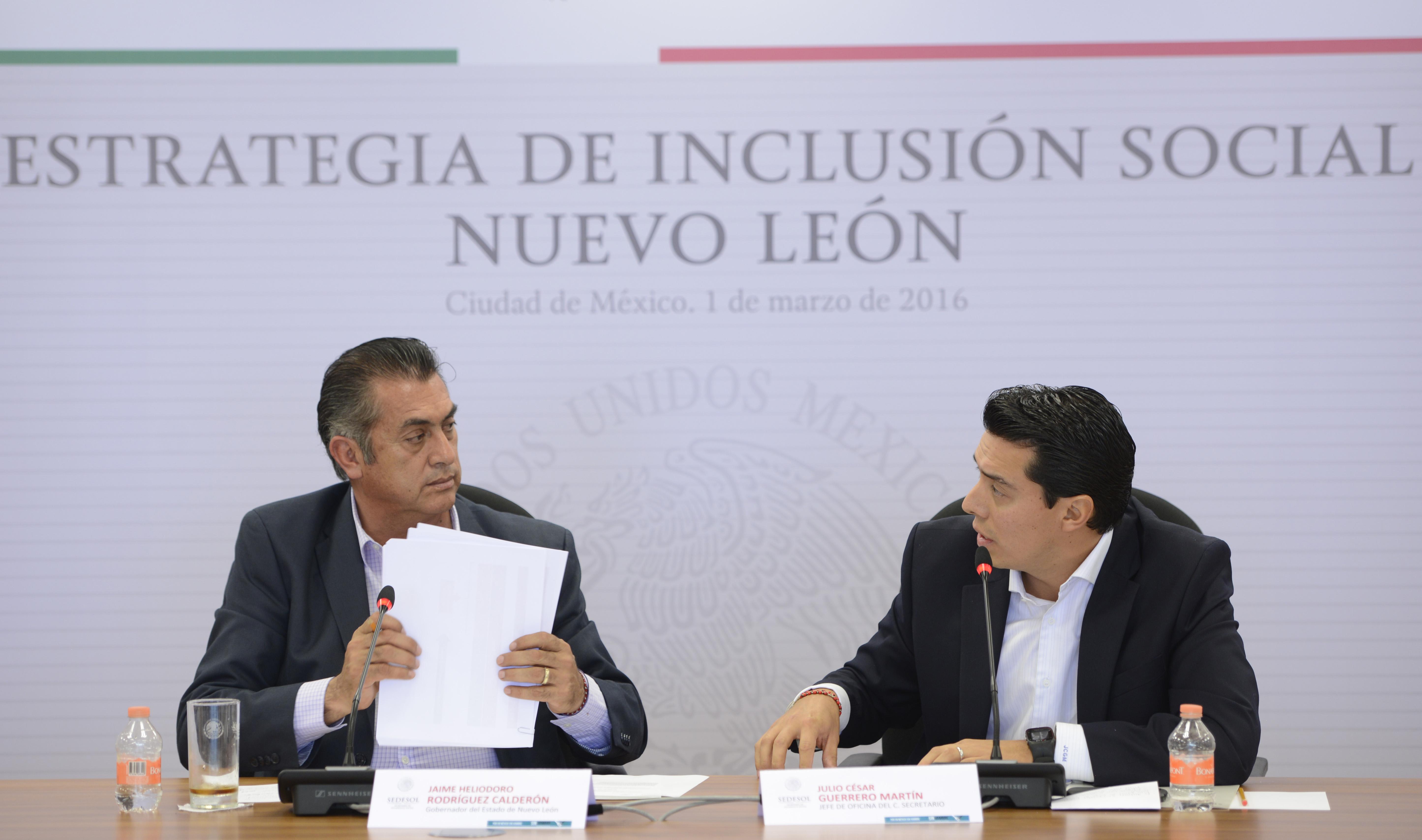 FOTO 1 Sedesol y gobierno de Nuevo Le n acuerdan trabajar de forma compartida para abatir rezagos sociales en el estado.jpg
