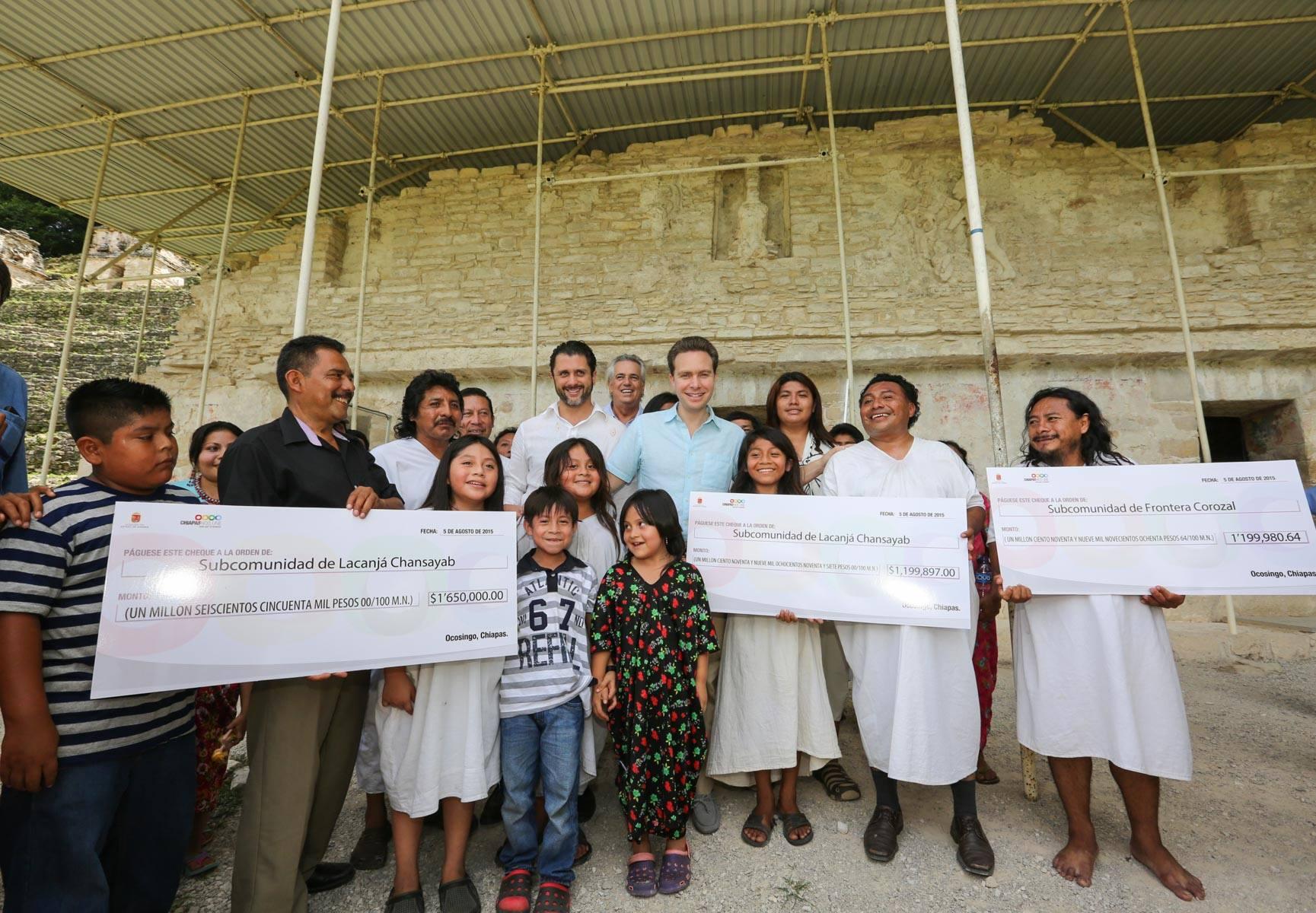La CONANP entrega recursos a la comunidad de la Selva lacandona  en Chiapas. Foto Icoso.jpg