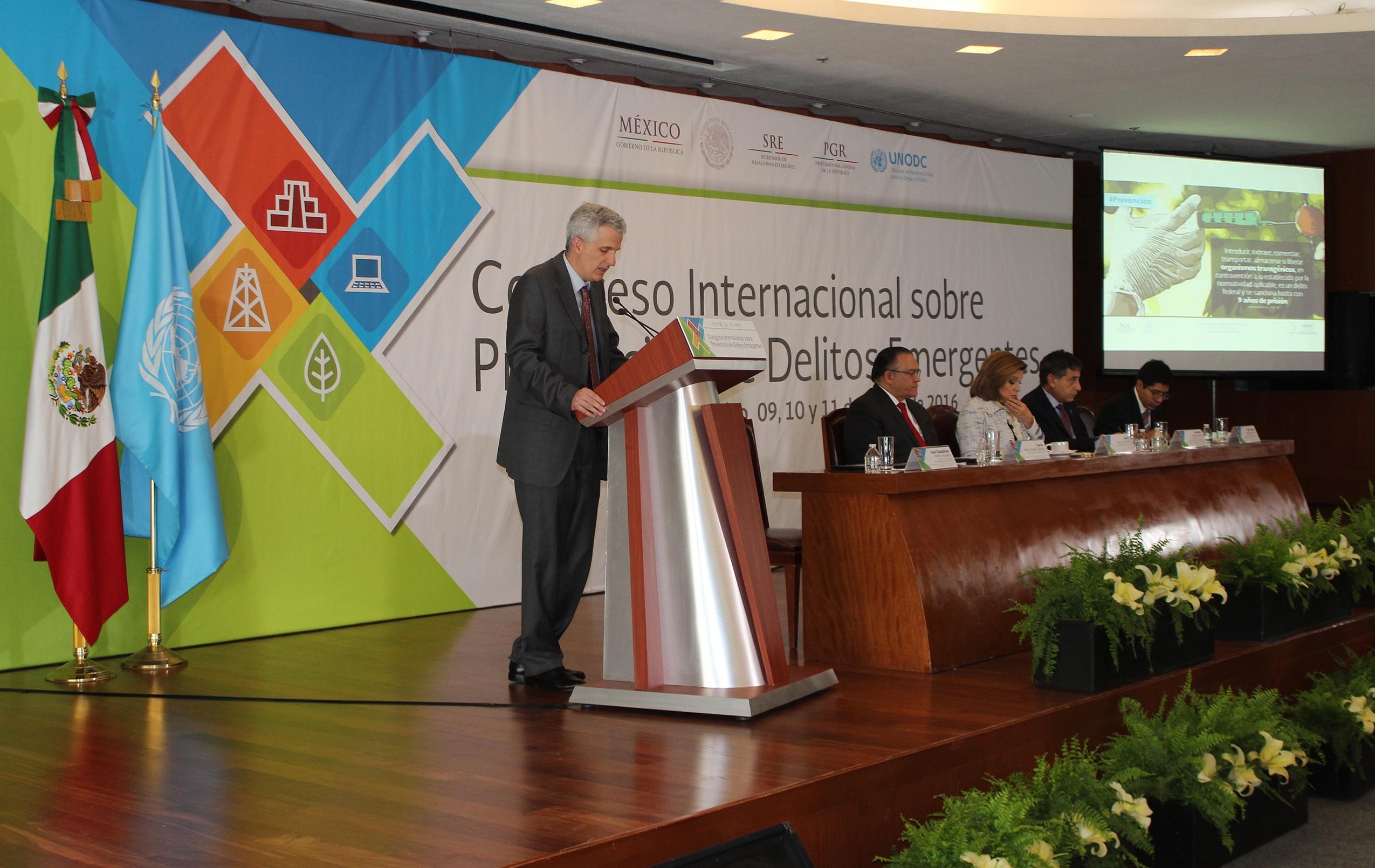 Foto 2 Congreso Internacional sobre Prevenci n de Delitos Emergentes2jpg