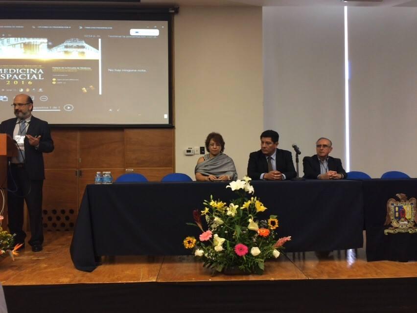Ceremonia de clausura a cargo de: Raúl Carrillo Esper, Guadalupe Galindo Mendoza, Enrique Pacheco Cabrera, Rolando Neri Vela (de izquierda a derecha)