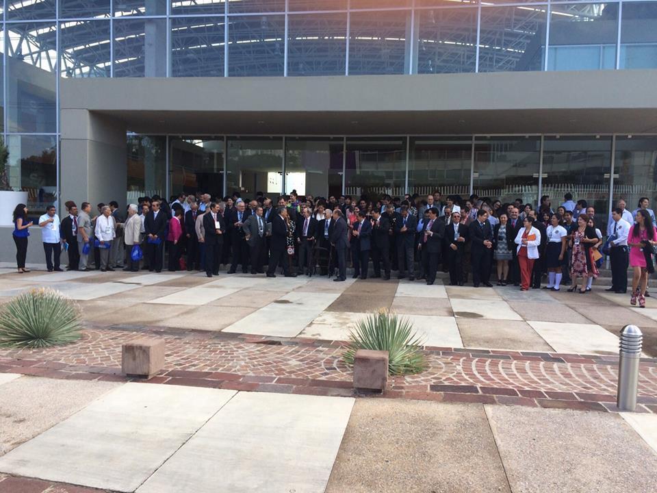 Foto de grupo de los asistentes al #1CMME en San Luis Potosí  http://www.aem.gob.mx/notas/congresoMexicanoMedicinaEspacial.html