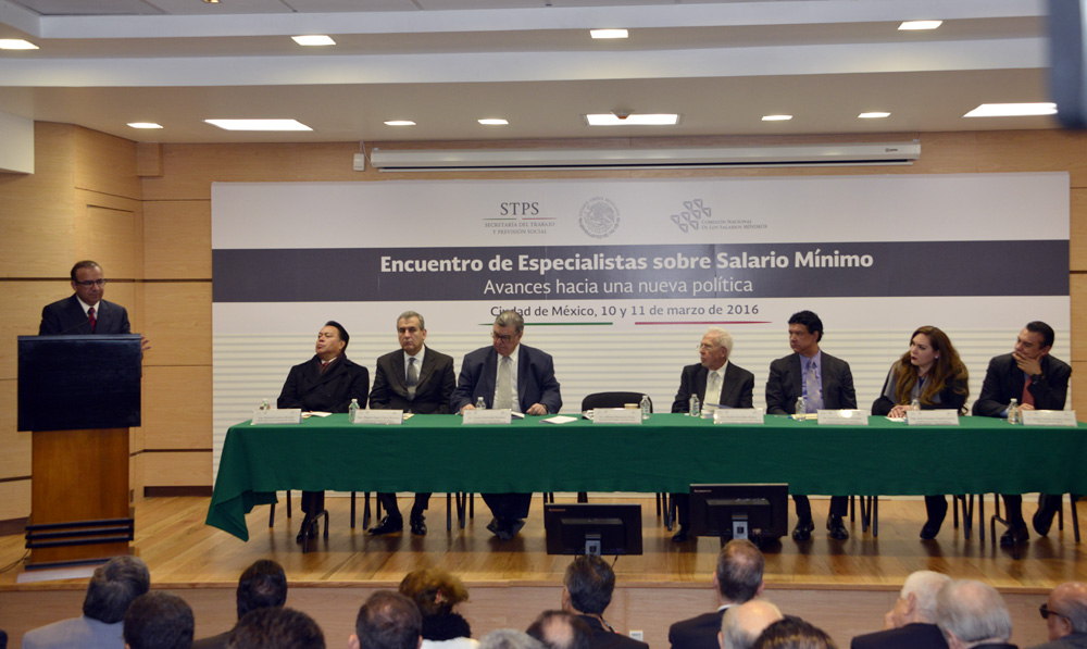 Encuentro de Especialistas sobre Salarios Minimos Avances hacia una nueva politica 3jpg