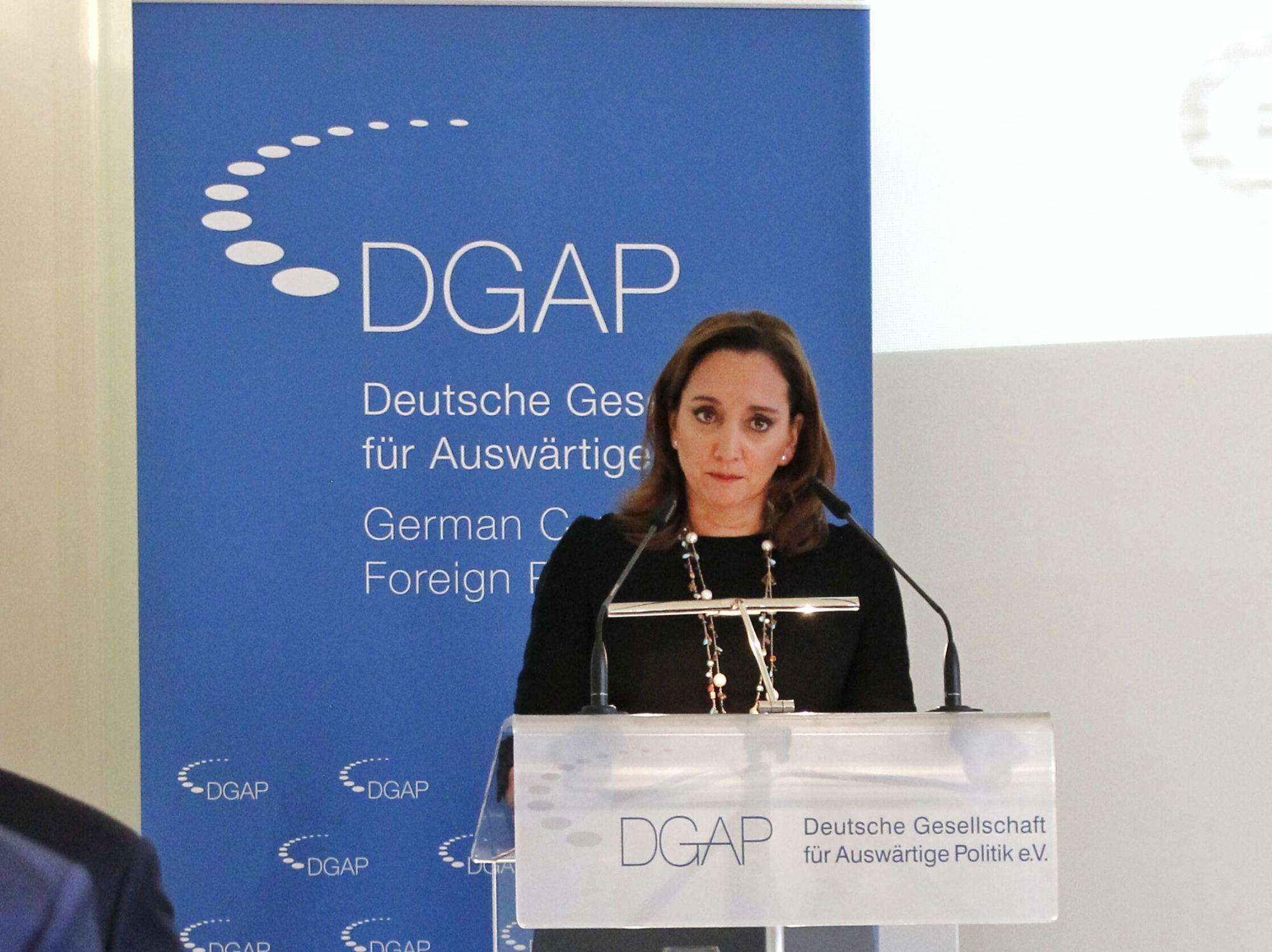 FOTO 3 Cacnciller Claudia Ruiz Massieu ofreci  una conferencia magistral en el Consejo Germano de Relaciones Exteriores.jpg