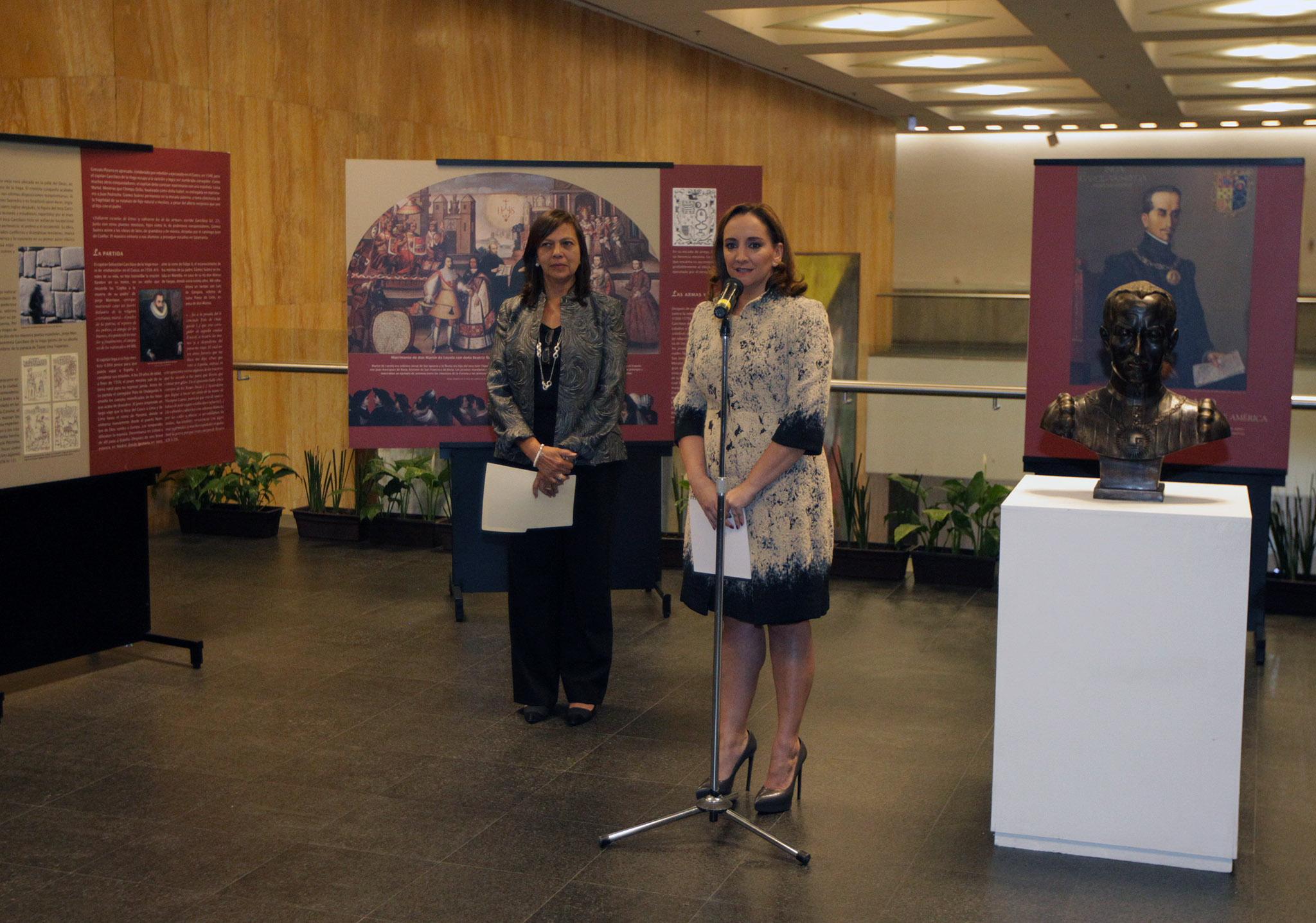 FOTO 4 Canciller Claudia Ruiz Massieu y la Ministra de Relaciones Exteriores del Per   Ana Mar a S nchez Vargasjpg