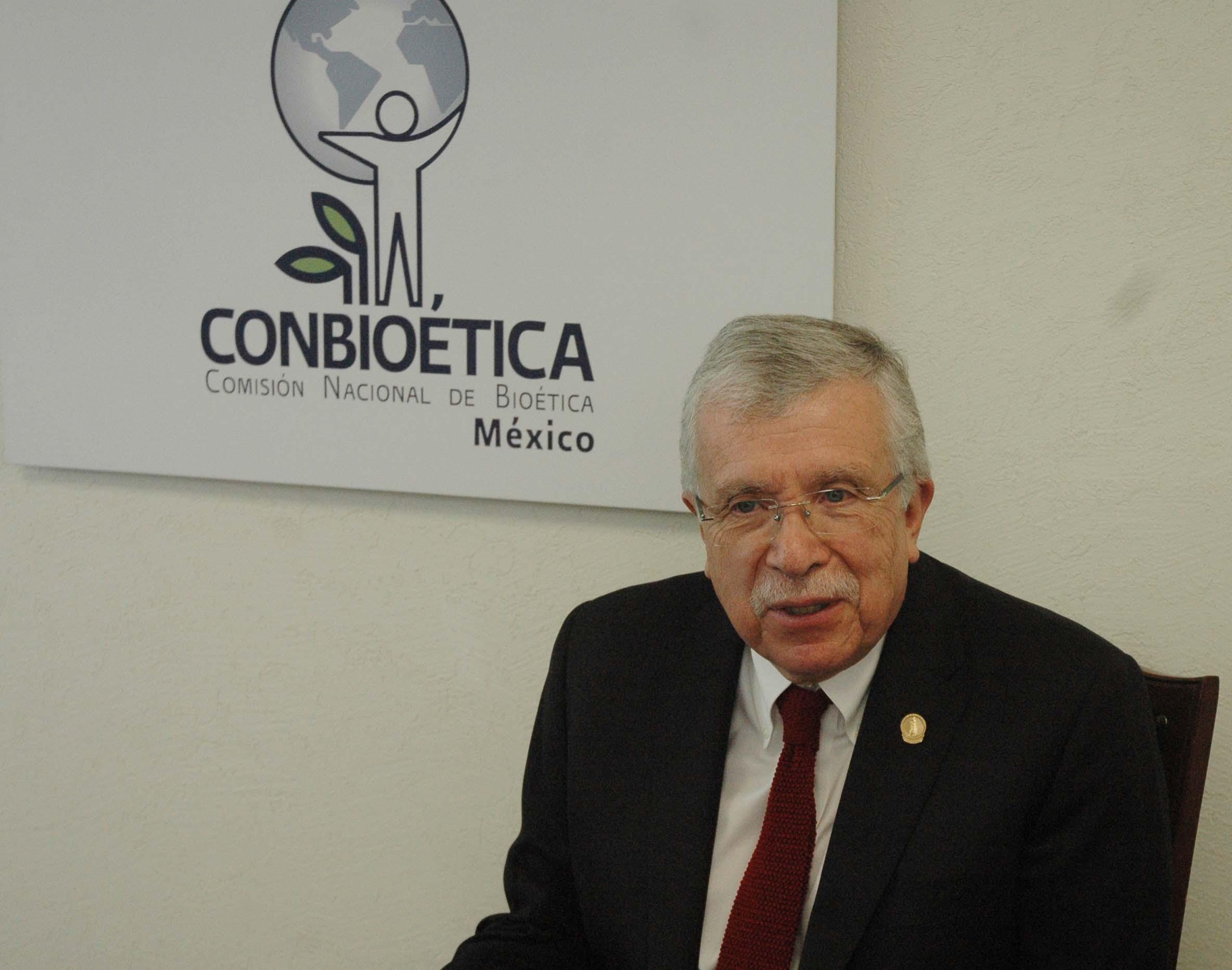 Dr Ruiz de Ch vez Bio tica2jpg
