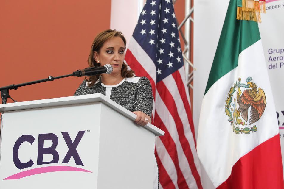 M xico y Estados Unidos supervisan operaciones de la conexi n peatonal aeroportuaria Tijuana   San Diego 04jpg