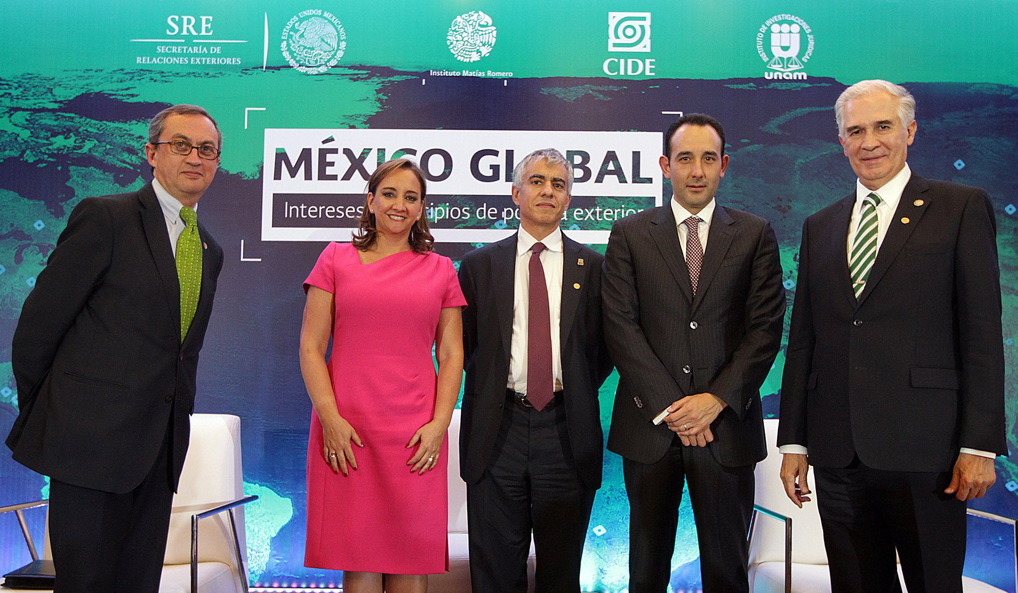 /cms/uploads/image/file/140516/Ceremonia_de_Clausura_del_Seminario_Internacional_M_xico_Global_02.jpg