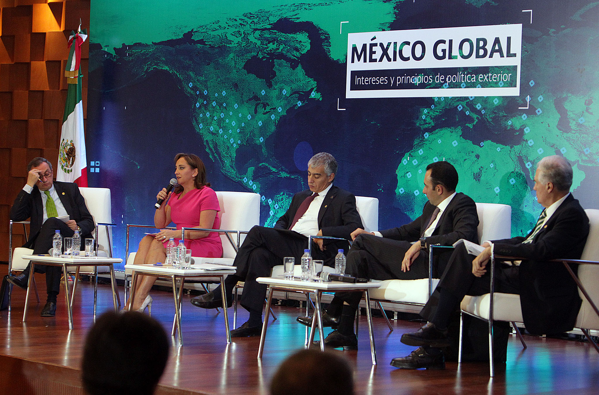 /cms/uploads/image/file/140517/Ceremonia_de_Clausura_del_Seminario_Internacional_M_xico_Global_03.jpg