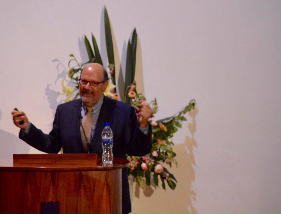"""Doctor Enrique Soto con el tema """"Neurología del sistema vestibular y desarrollo de neuroprotesis"""""""