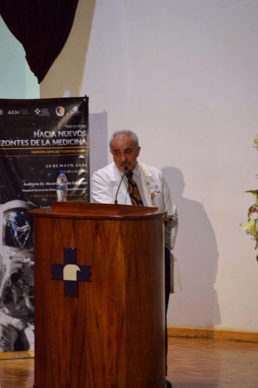"""Doctor Carlos Briones Garduño con el tema """"Biología de la Reproducción en el Espacio"""""""
